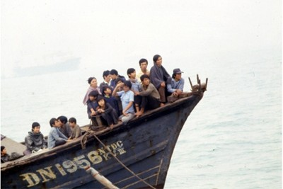 About Sri Avinash Do - A boat like the one that Sri Avinash and his family escaped on. An estimated two million refugees sucessfully escaped Communist Vietnam, with an further estimated one million people that did not survive the journey. They were a generation of displaced Vietnamese people called